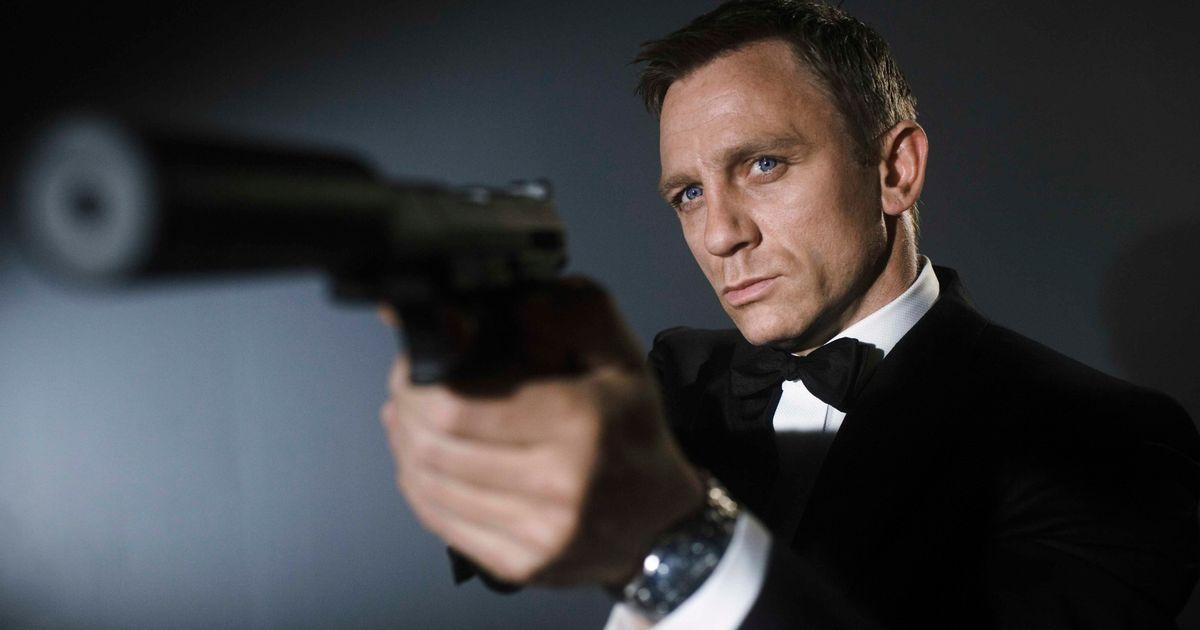 Daniel Craig needs surgery after accident on James Bond set