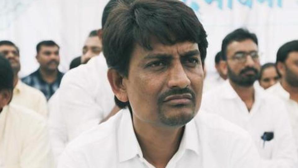Alpesh meets Guj deputy CM, sparks buzz of BJP entry