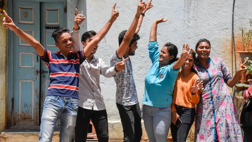 HSC results 2019: Pune colleges rejoice near perfect results