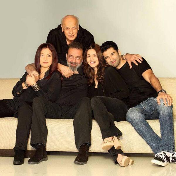 Sadak 2: 'Alia Bhatt is in the house,' says Pooja Bhatt as the actress kickstarts the shooting today   Bollywood Life