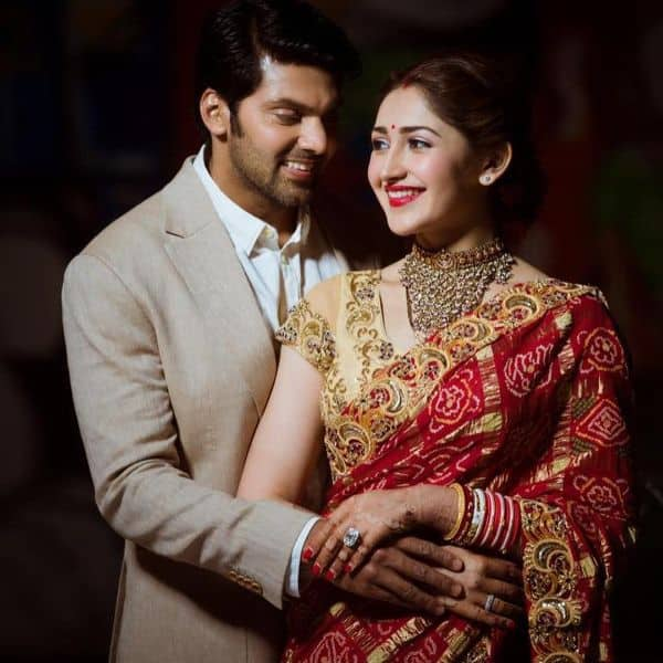 Newly married Arya and Sayyeshaa to work together in Shakti Soundar Rajan's Teddy | Bollywood Life