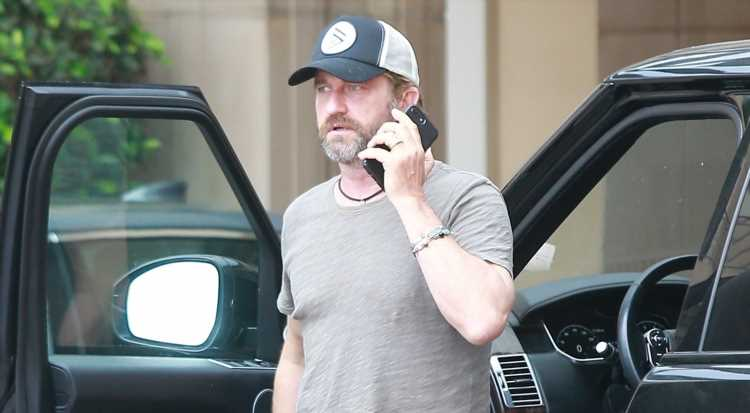 Gerard Butler Keeps It Low-Key for Lunch in Beverly Hills