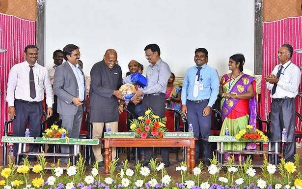 801 students of Mailam college get placements