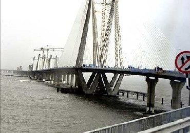 Reliance Infra bags Rs 7000 cr Versova-Bandra sea link deal