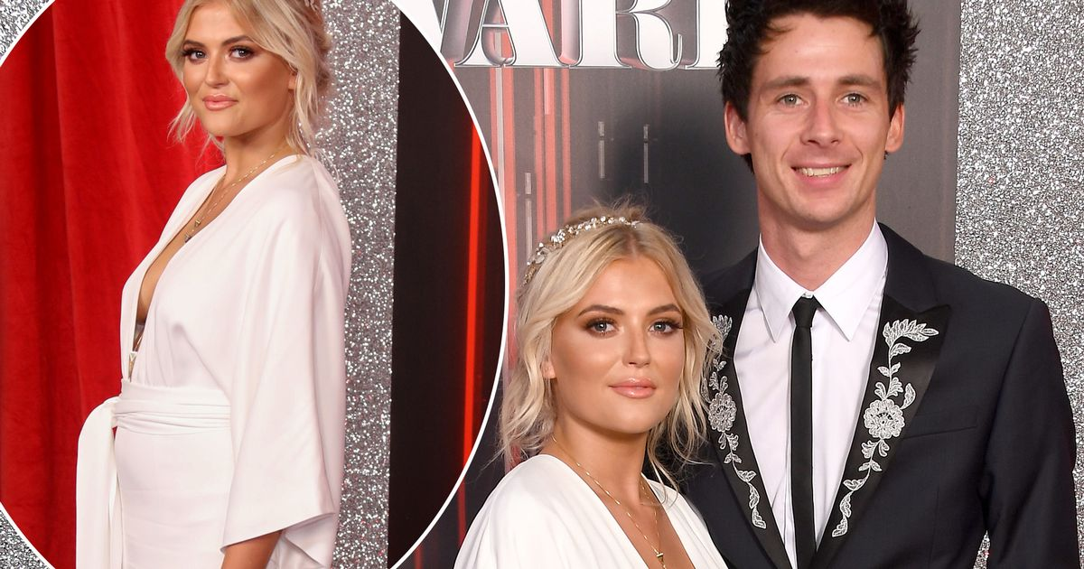 Coronation Street's Lucy Fallon hits back at 'pregnancy' claims after appearance at British Soap Awards