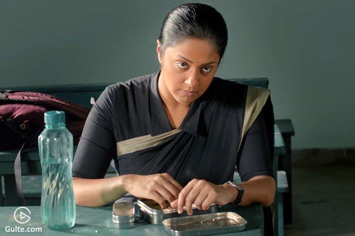 Trailer Talk: Jyothika turns 'Raatchasi' teacher