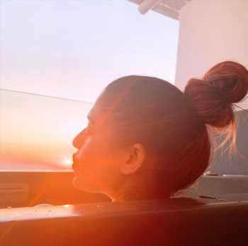 Pic Talk: Nayanthara Kissing The Sun From Bathtub