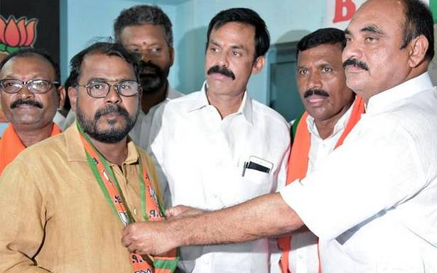 Six former TDP MLAs eager to join party: BJP