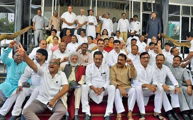 Farmer leaders slam Budget, Dhangars welcome it