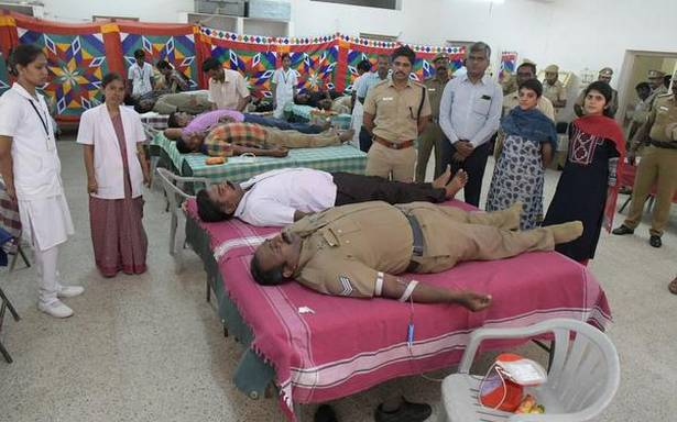 Police personnel donate blood
