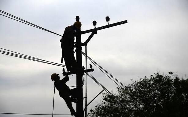 Snapped power line kills two morning walkers in Thiruvananthapuram