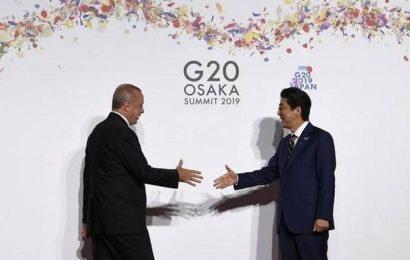 Market turns cautious amid weak global cues as G20 meet begins