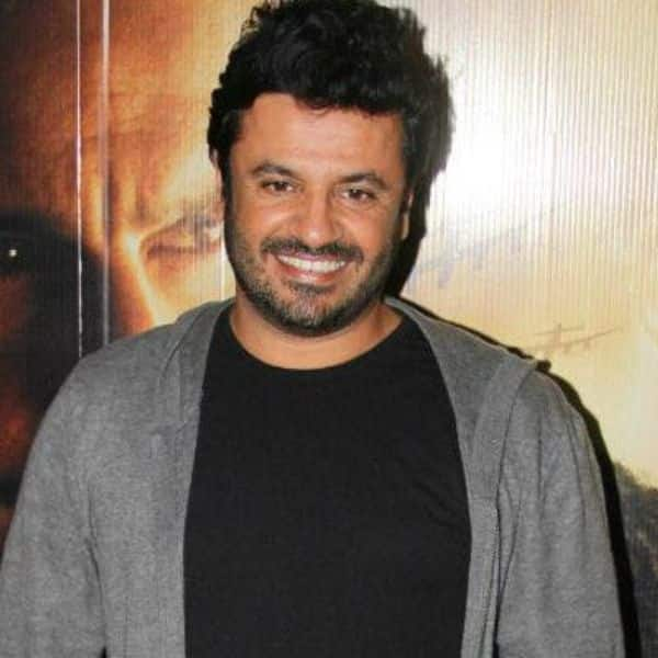 #MeToo accused Vikas Bahl gets a clean chit in sexual harassment case! To be credited for Hrithik Roshan-led Super 30 | Bollywood Life