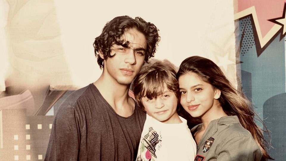 Shah Rukh Khan's kids Aryan, Suhana had a blast at AbRam's birthday party. See new pics