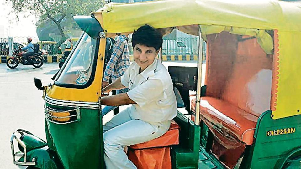 Delhi's first woman auto driver robbed of Rs 30,000…by another auto driver