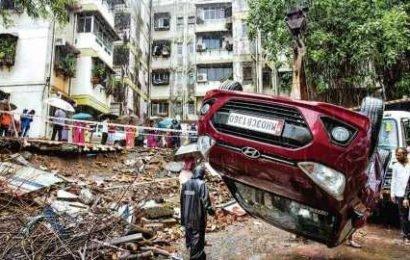 Rain fury leaves a trail of destruction in Mumbai | india news | Hindustan Times