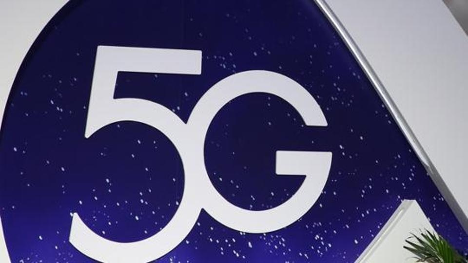 China rolls out 5G licenses amid trade war with the US