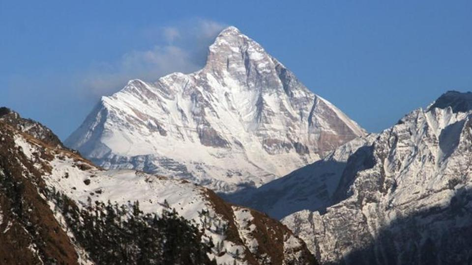 Five mountaineers' bodies spotted