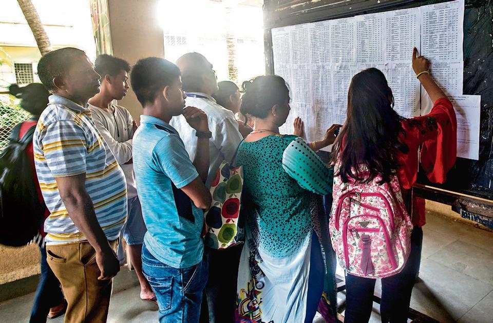Mumbai University admissions: Marginal dip in cut-offs worries students