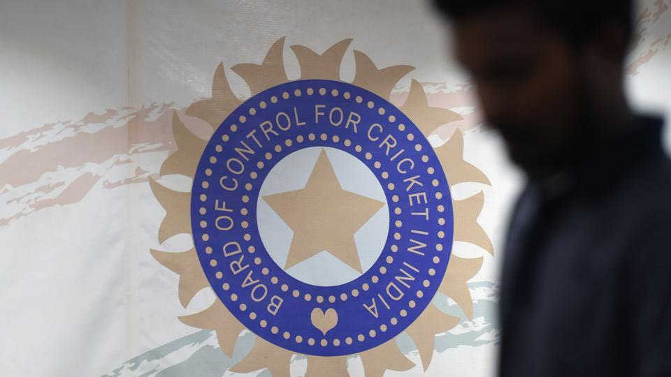 Indian cricketing community slams BCCI's conflict ruling