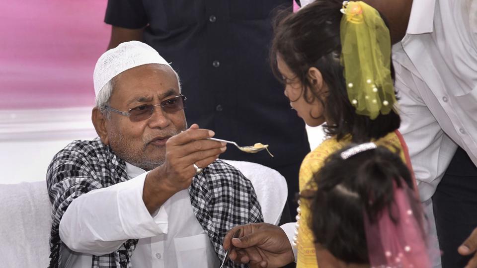 After Eid prayers, Nitish Kumar stings Giriraj Singh for Iftar taunt