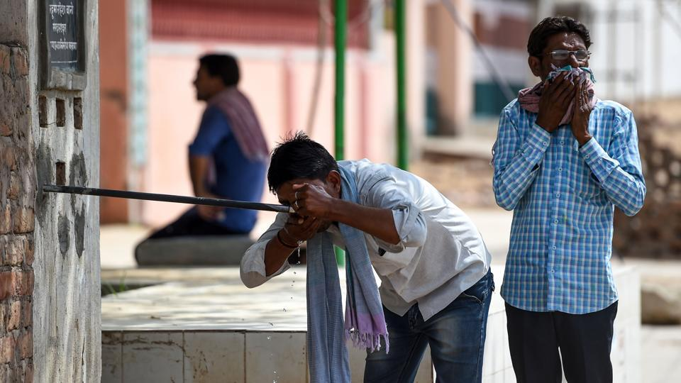'Severe heatwave' conditions kills three in Barmer: Police