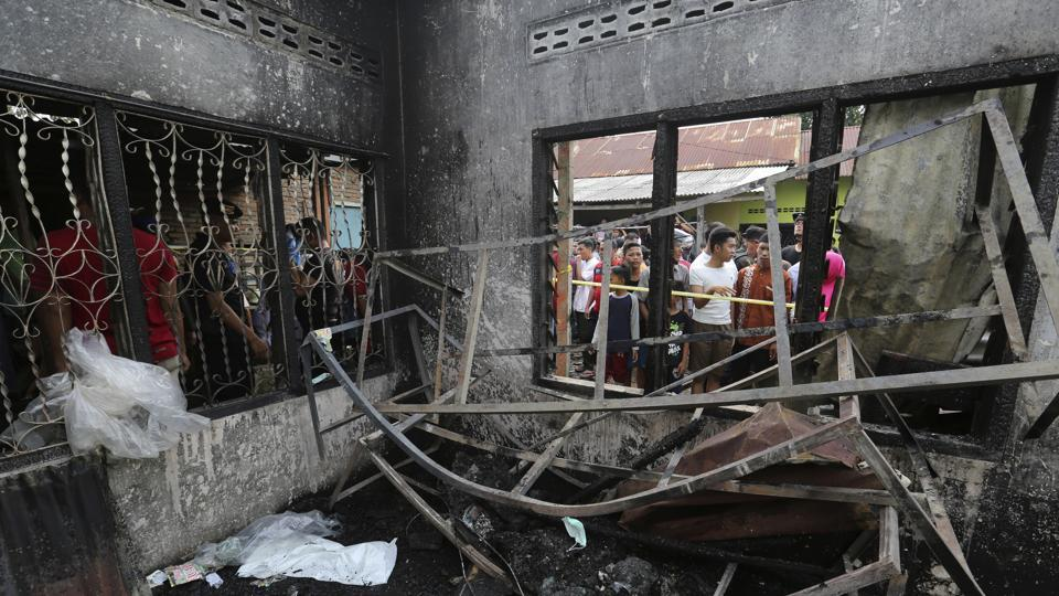 At least 24 killed in Indonesia matchstick warehouse fire: Official