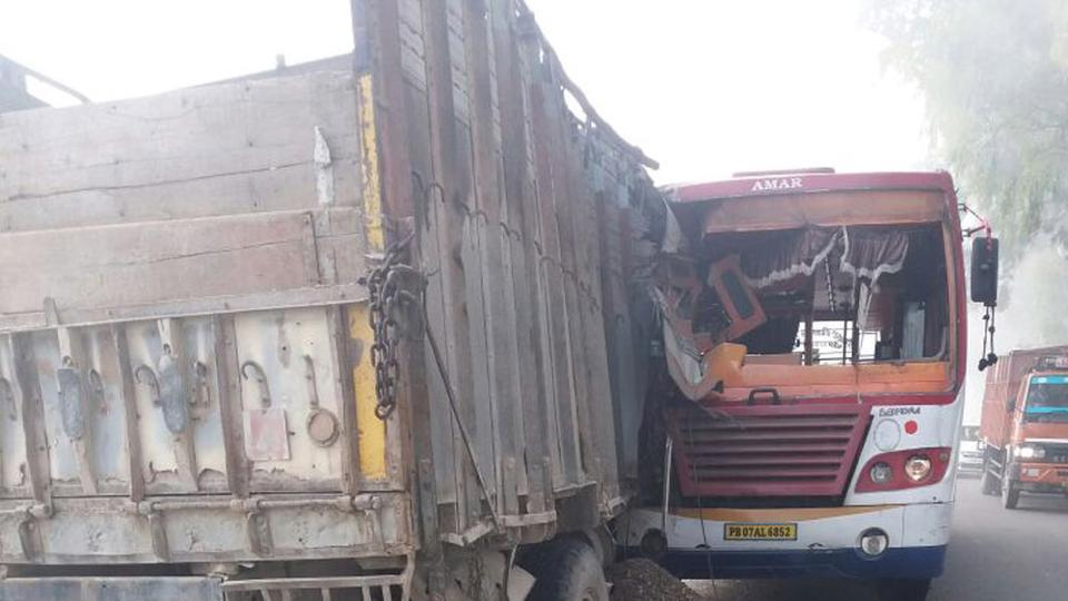 11 dead, 25 injured after bus rams into truck in Jharkhand