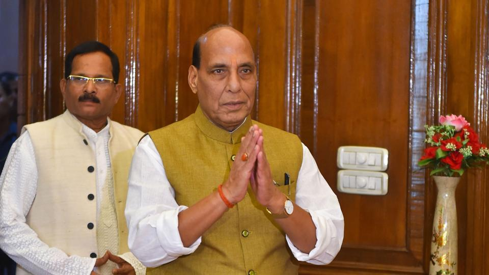 Rajnath takes stock of militaryacquisitions, budget and challenges