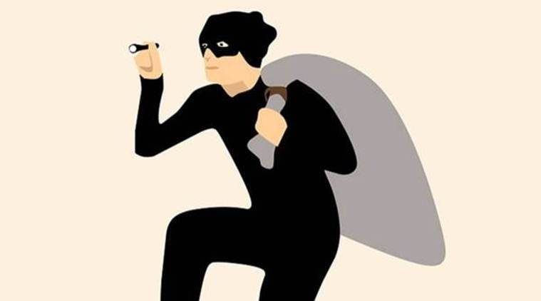In Delhi, two masked men commit burglary at cafe in Connaught Place