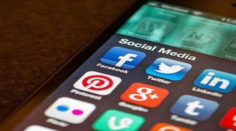 US now seeks social media details from all visa applicants