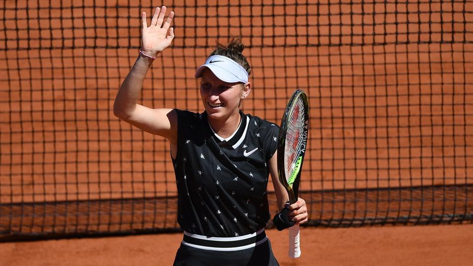 Czech teenager Marketa Vondrousova into French Open quarters