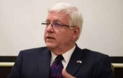 Iowa DHS Director Jerry Foxhoven's Tupac obsession gets him fired