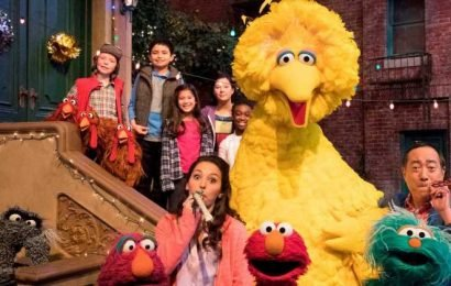 'Sesame Street,' Sally Field, more to earn Kennedy Center Honors for lifetime achievement