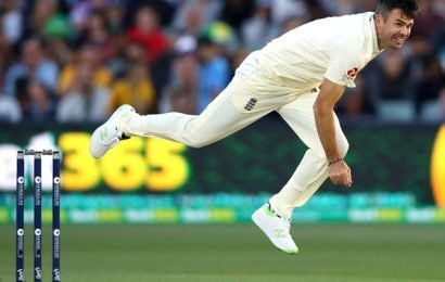 England quick Anderson suffers calf injury ahead of Ashes
