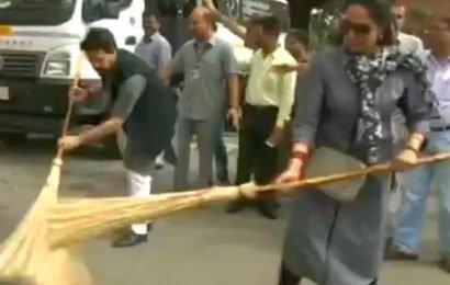 WATCH: When Hema Malini trolled for sweeping 'clean' road