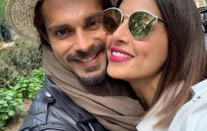 Bipasha Basu-Karan Singh Grover and other couples who were in live-in relationships | Bollywood Life