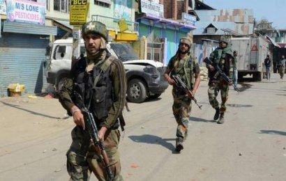 Encounter underway between forces and militants in Shopian