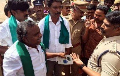 Farmers' leader prevented from visiting Pottipuram