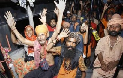 Third batch of 4,823 pilgrims leave Jammu for Amarnath shrine
