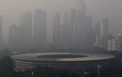 Jakarta residents to sue govt over toxic levels of air pollution