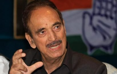'They appoint CMs in bars': Ghulam Nabi Azad's dig at BJP on Karnataka crisis