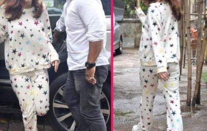 मुंबई की बारिश से डरी आलिया भट्ट, स्टाइलिश कपड़ों को टा-टा बाय-बाय कहकर निकाल लिया नाइट सूट