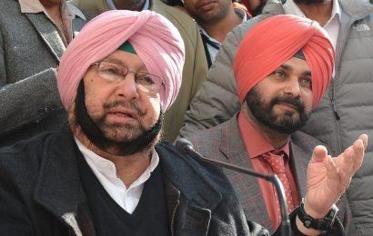 Punjab CM Amarinder Singh accepts Navjot Sidhu's resignation