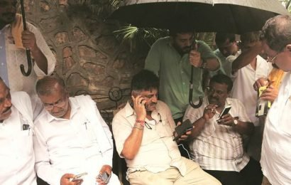 BJP tests the waters in Karnataka as more MLAs resign, meets Governor