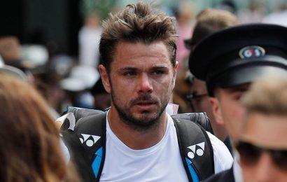 Stan Wawrinka falls for tall tale at Wimbledon as Novak Djokovic waits