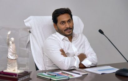 Jagan Reddy announces Rs 7 lakh for kin of farmers who committed suicide