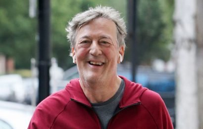 Stephen Fry looks fit and healthy after impressive five-stone weight loss