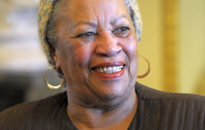 Nobel Prize-winning author Toni Morrison passes away