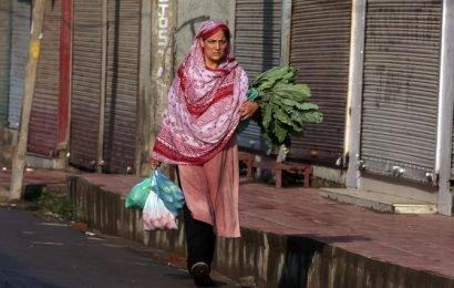 Govt assures doorstep delivery of food grains to people in Valley